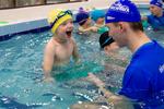 Занятие в сети детских школ плавания